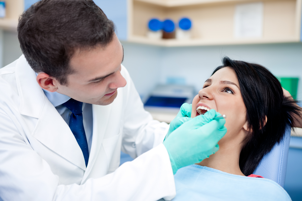 Four Ways To Deal With Your Fear Of The Dentist