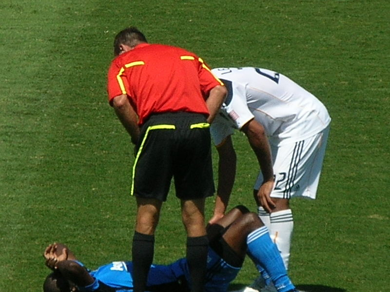 Six Components of a Successful Recovery From a Sports Injury