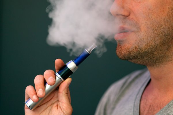 3 Reasons Why an E-Cigarette May Be For You